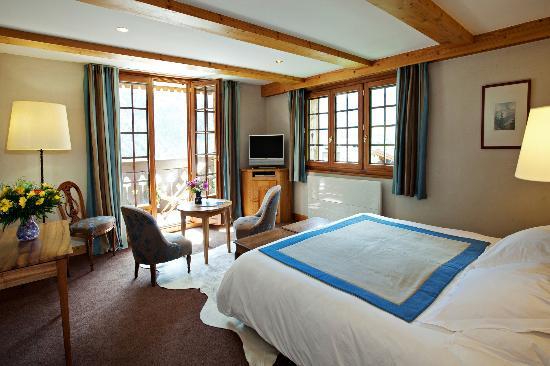 auberge du bois prin 4. Black Bedroom Furniture Sets. Home Design Ideas