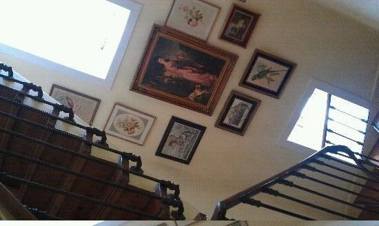 Nice Way Sintra: stairwell