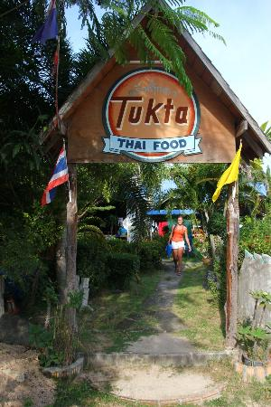 Tukta Thai Food