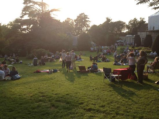 Rutland Open Air Theatre: Picnicking before the performance