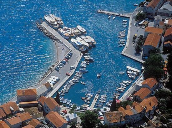 Hotel Villa Daniela: Bol Harbour