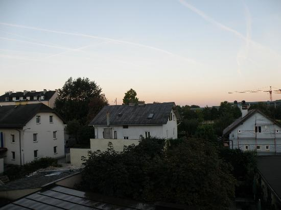 Gasthof Auerhahn: Sunrise viewed from the room