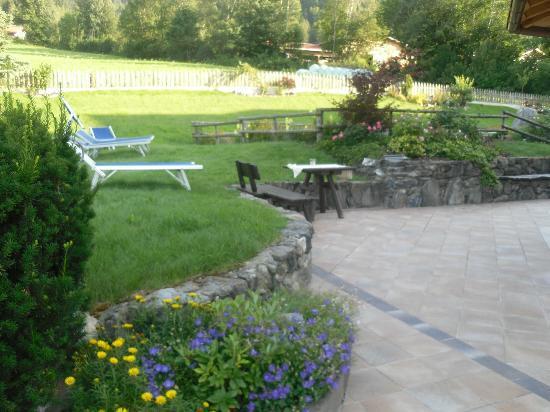 Hotel Muehlgarten: giardino