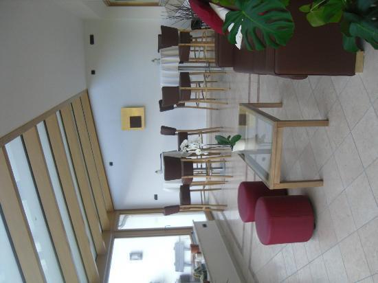 Hotel Muehlgarten: sala aperitivo
