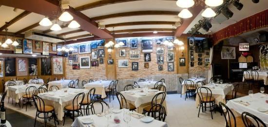 Corrillo Cafe Restaurante: RESTAURANTE (planta baja)