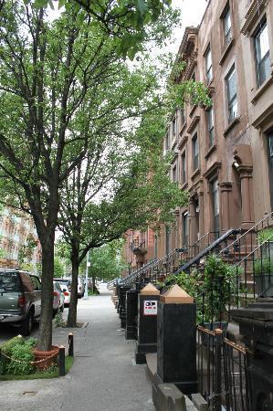 La Sienna: La rue de l'hôtel
