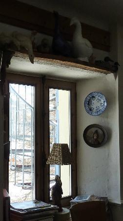 Hotel Le Marais: Déco fenêtre