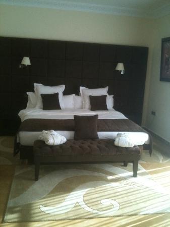 Vatel Hotel Golf & Spa : lit