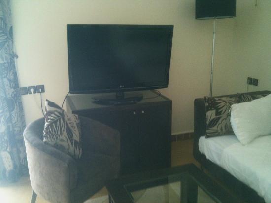 Vatel Hotel Golf & Spa : équipement tv