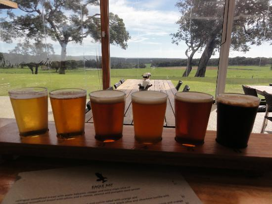 Eagle Bay Brewing Co: Beer tasting
