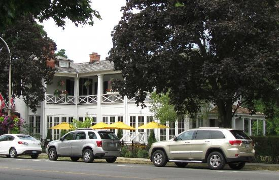 The Charles Hotel: The Charles Inn, Niagara-on-the-Lake, Ontario