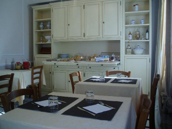 Villa Cristina: comedor-rico el desayuno