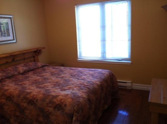 Marblewood Village Resort: room downstairs.
