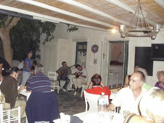 Anezina Village: Musicians at Greek Night