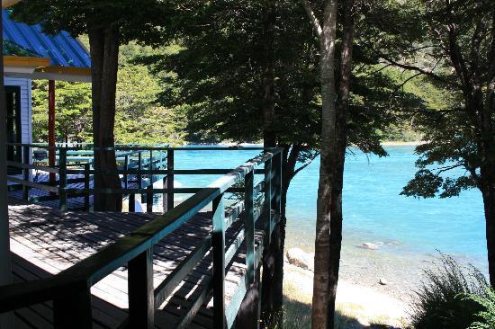 Patagonia Baker Lodge: Entrada a las áreas comunes