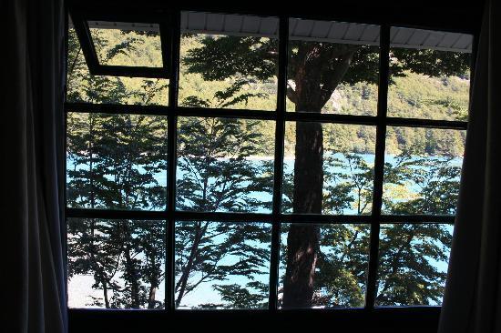 Patagonia Baker Lodge: Puedes escuchar sonido del río toda la noche. Muy relajante