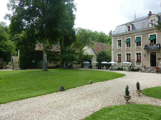 Chateau de Challanges : omgeving