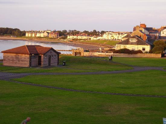The Cairn Bay Lodge: View from Seaview at sunset