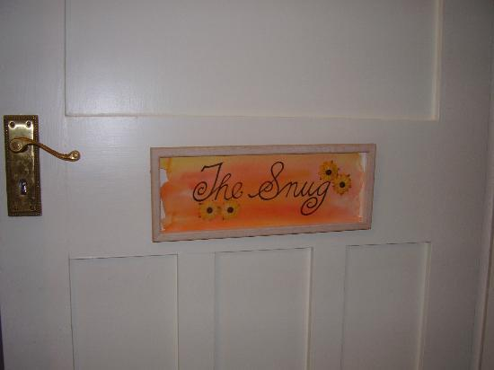 The Cairn Bay Lodge: Creative room signs