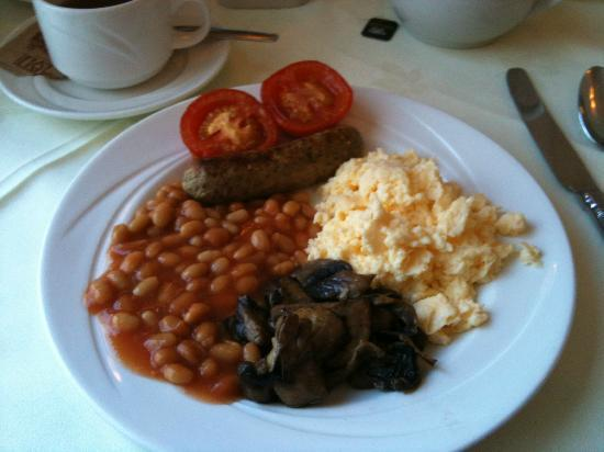 Kingston Theatre Hotel: A hearty and tasty English breakfast everyday!