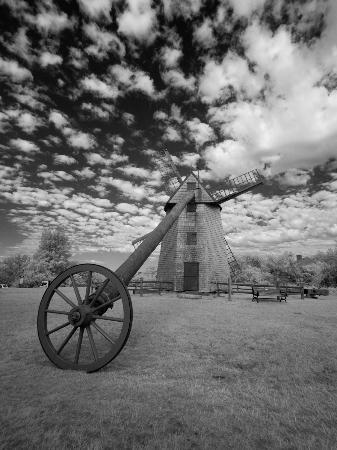 Old Mill: Mill @ 6:30 AM by Infra-Red