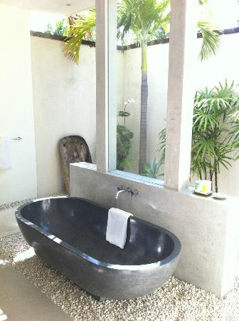 Saba Villas: Bathroom