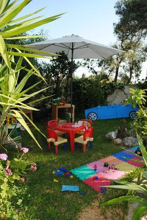 Villa Olga Hotel Apartments & Studios: children play area