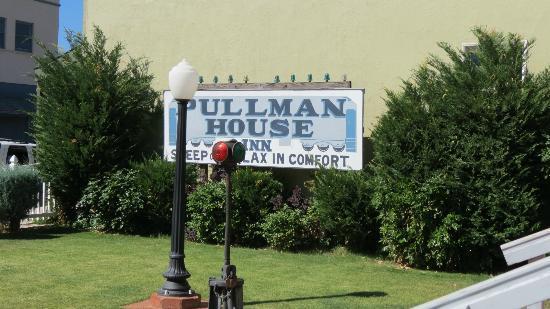 Pullman House Inn