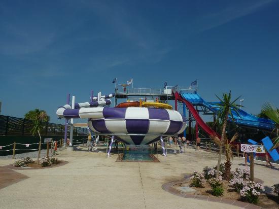Sirenis Hotel Club Aura : vue du basdu parc aquatique