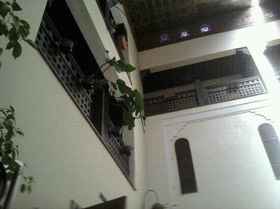 Palais Riad Batoul: floors from the all