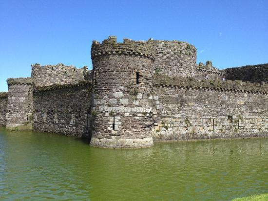 Beaumaris Castle: Perfectly symmetrical design