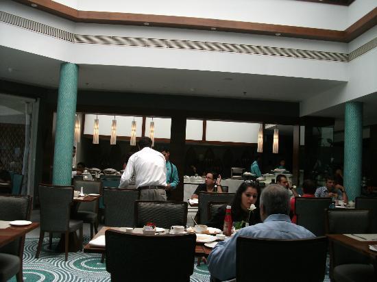 Sun-n-Sand Hotel, Mumbai: restaurant