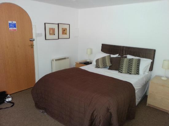 The Forest Lodge Hotel: room 2c