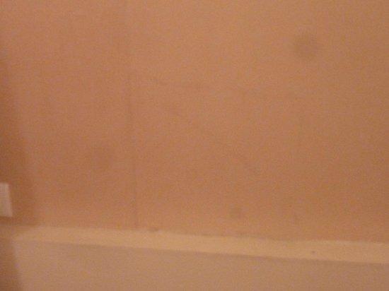 Hotel d'Angleterre, Saint Germain des Pres: Bedroom Wall