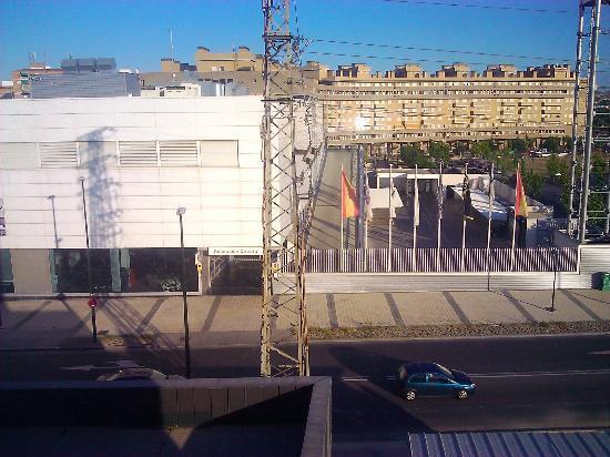 Hotel GIT Ciudad de Zaragoza: Vista de la habitación