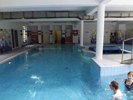 Szklarska Poreba, Πολωνία: Basen woda ma 29s