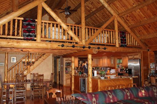 Good Timber Bed and Breakfast: Main area - kitchen and dining room table cut off in uploading