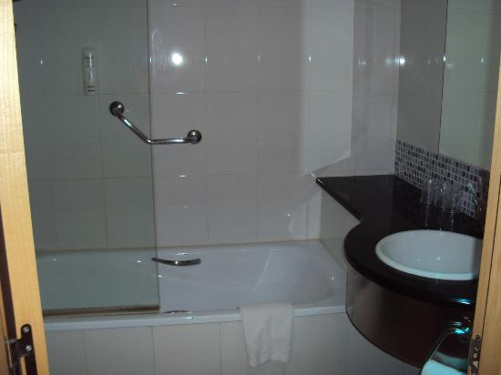 Hotel GIT Ciudad de Zaragoza : Baño