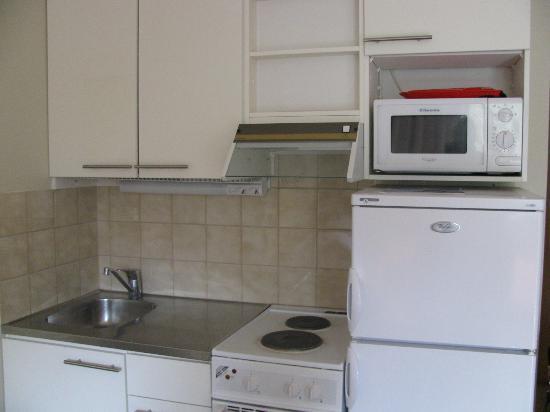 Hellsten Espoo: Кухня в номере