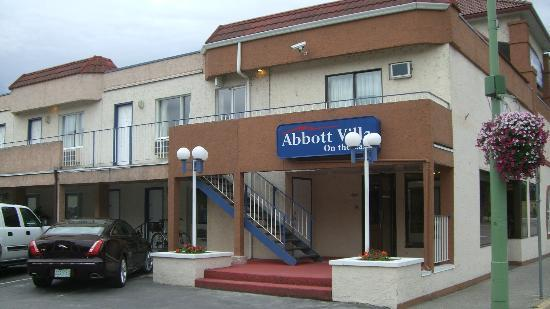Abbott Villa on the Lake: Lobby entrance