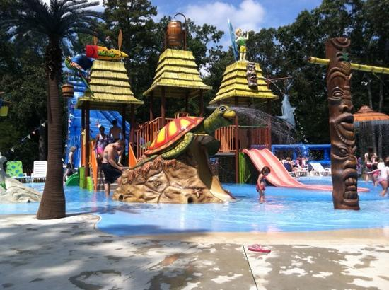 Elmer, NJ: waterpark