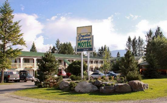 Crystal Springs Motel: New Landscaping