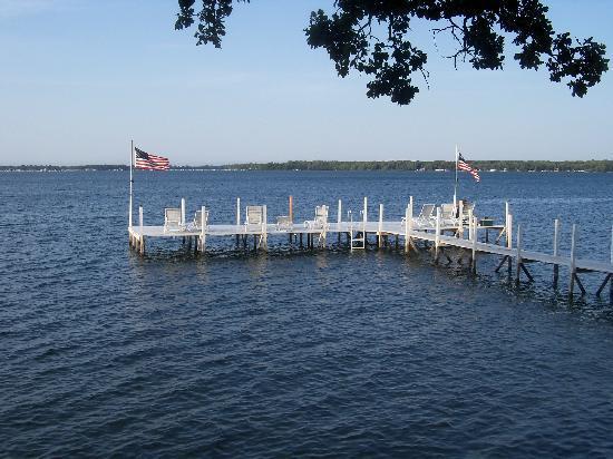 Inn at Okoboji: Boat dock and swimming area for the Inn.