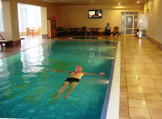 Khabez, Russia: Indoor pool in the spa area