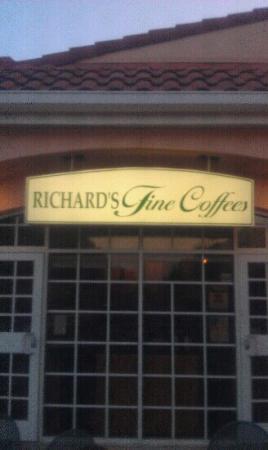 Richard's Fine Coffee: Winter Havens oldest coffee house