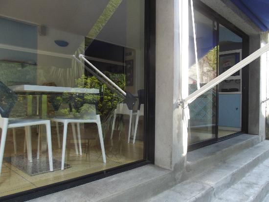 Inter Hotel Les Océanes : salle petit dejeuner