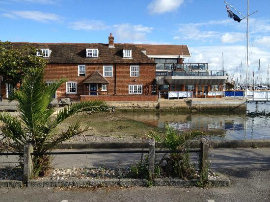 Royal Southern Yacht Club: View from the public car park