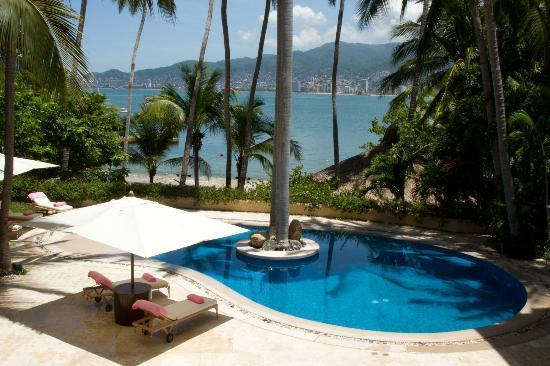 Villa Alejandra: One of 2 on site Swiming pools