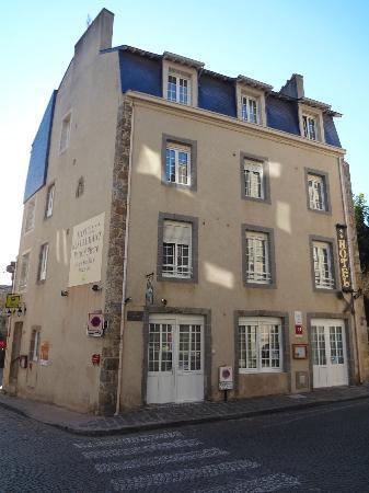 Hotel Restaurant De La Porte Saint-Pierre : Hôtel