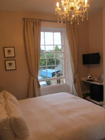 Glendon Guest House: Bedroom